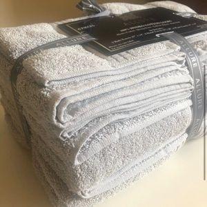 Brand New 100% Extra Soft Cotton 6 Piece Towel Set